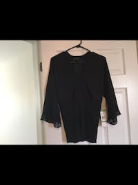 Ladies new with tags size Large Ann Klein Top  Milton