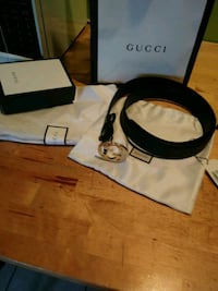 black and white Gucci belt Amityville, 11701