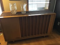 Vintage working Stereo Cabinet  Calgary, T2Y 3H8