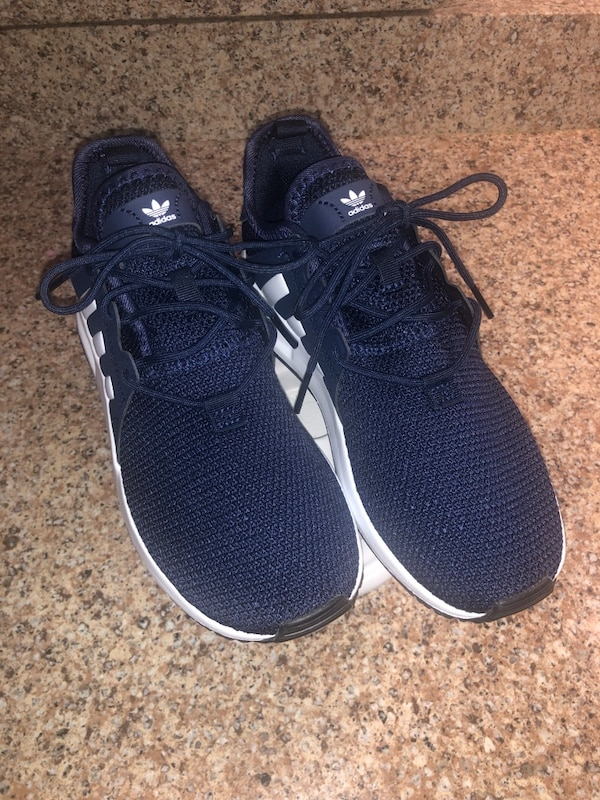 Adidas shoes kid size 2