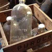 Rare 1961 Purock water bottle crate & 4 embossed 1 gallon glass water bottles Dover, 17315