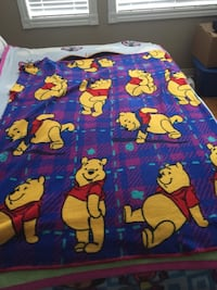 blue Winnie the Pooh-themed blanket Vaughan, L6A 2T1