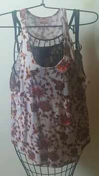 white and red floral scoop-neck sleeveless dress Fresno, 93701