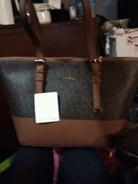 black and gray leather tote bag London, N5Z 2K4