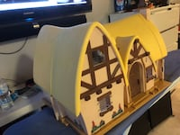 Snow White cottage with 7 dwarves and accessories  North Miami Beach, 33162