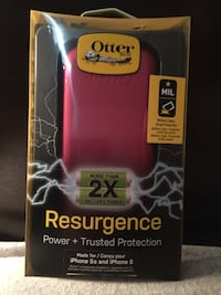 Pink otterbox + charging case for iPhone 5/5s