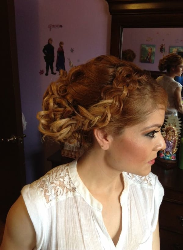Hair and makeup for any ocation/ maquillaje y peinado para cualkier ocacion b89b6b18-8f5c-4cd8-90f8-b600d719981c