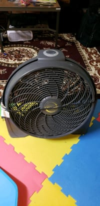 3 speed stand fan  Calgary, T2A 0A8