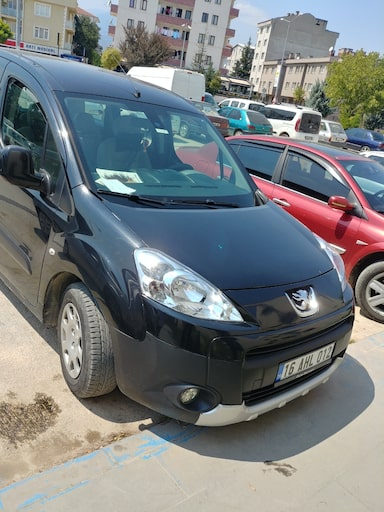 2011 Peugeot partner tepe piremium  126bf0a2-9380-47f1-a6a3-278500164ad3