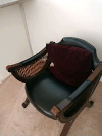 black and red leather rolling armchair Torrance, 90505