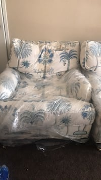 white and blue floral sofa chair Los Angeles, 90034