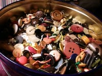 Cookie tin of buttons..  Clarksville, 37040