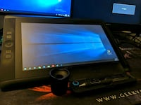 Wacom cintiq 13hd like new Winnipeg, R3K 0T8
