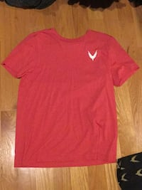 red Nike crew-neck t-shirt Lynnfield, 01940