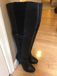 pair of black leather knee-high boots 洛克維爾, 20852