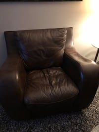 black leather tufted sofa chair Edmonton, T5T