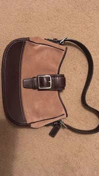 Coach suede and leather Marlboro, 07746