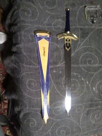 black handled and stainless steel sword with sheat 732 mi