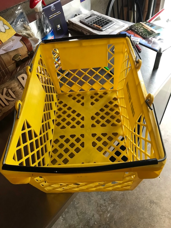 Shopping baskets b8868263-fd50-4500-bbbe-7a6c9d520b1d