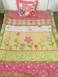 Comforter/Pillow Set, fits toddler bed or crib.  Excellent condition.  Harker Heights, 76548