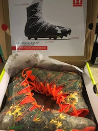 Under Armour highlight football cleats Vancouver, 98686