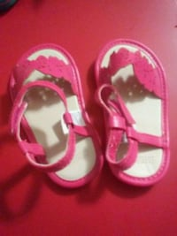 toddler's pair of pink sandals Anderson, 96007