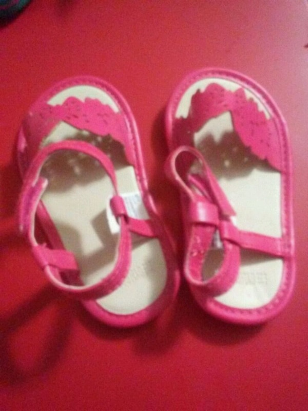 toddler's pair of pink sandals