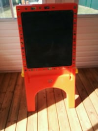 red and black easel board Laval, H7W 5A9