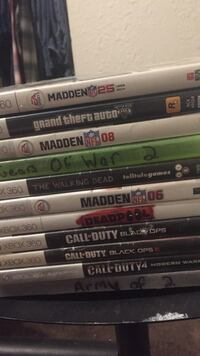 assorted Xbox 360 game cases 473 mi