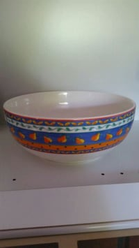 Lg. SERVING BOWL Made in Portugal  Lake Worth, 33467