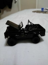 Greenlight Black Bandit Collection 1970 Ford Bronc