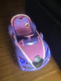 baby's pink and purple ride on toy car New Westminster, V3M 3N3