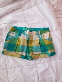 Billabong shorts  Surrey, V3T