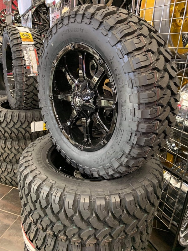 Off Road Tires For Sale >> 20 Inch Fuel Off Road Wheels With Mud Tires