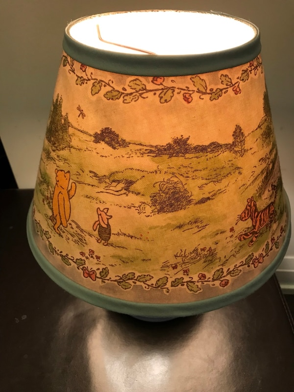 RARE Winnie the Poo 'Hunny' pot lamp with original lamp shade aaf60a56-89d6-4602-8e71-adf19b67b682