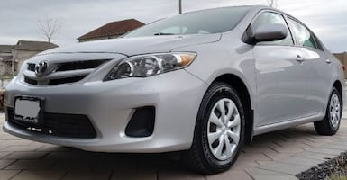 Single Owner Excellent Condition 2013 Corolla