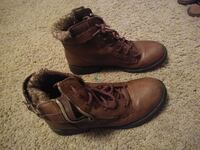 pair of brown leather boots Denver, 80221