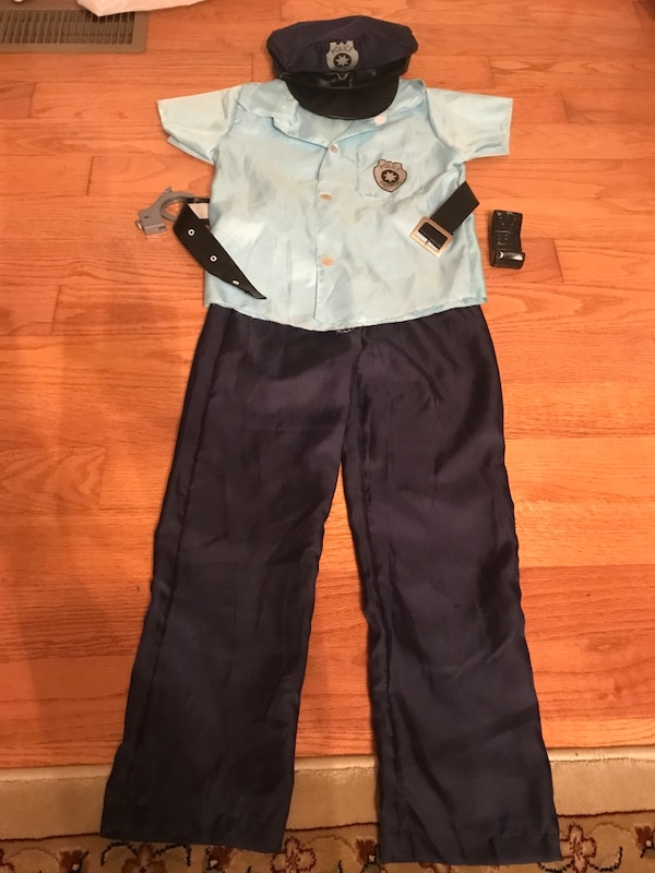 Boy's Policeman Halloween Outfit with Belt, Handcuffs, Hat and Walkie Talkie, Size 8, $10