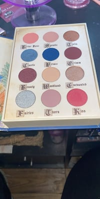 Story book pallet