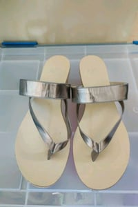 Simply Pelle Wedges Size 8 Minneapolis, 55408