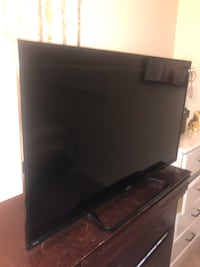 "43"" Sharp LED Smart TV (Like New) Tampa, 33617"