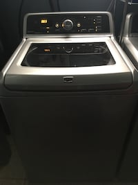 white and black top-load washing machine Repentigny, J6A