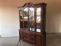 China cabinet  Bakersfield, 93312