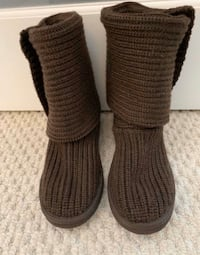 Classic Cardy Ugg Boots size 8 Silver Spring, 20902