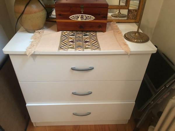 Used Small White 3 Drawer Chest For Sale In New York Letgo