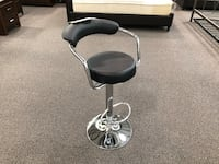 New in box Round Barstool With Arm Rest and Back South El Monte, 91733