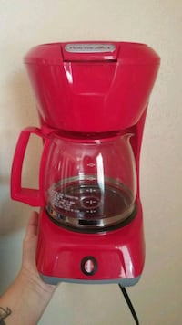 Coffee maker works great. El Paso, 79912