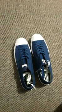 Blue low top converse size 11 1/2 St. Peters, 63376