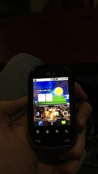 Unlocked LG phone,touchscreen and keyboard