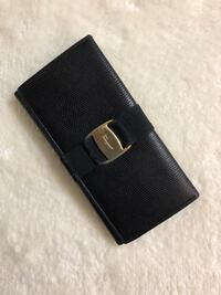 Authentic SALVATORE FERRAGAMO bifold Leather long wallet